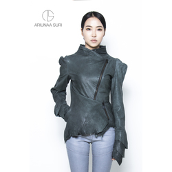 Lamb leather Jacket, vegetable tanned and naturally dyed.