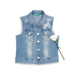 Denim vest with embroidery