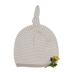 Striped cap with knot