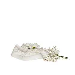 Frilly Slip-On Shoes