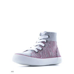 Patterned Wrist Sport Shoes