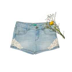 Denim shorts with lace embroidery